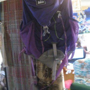 """REI  USED PURPLE SM DAY PACK 18x14"""""""
